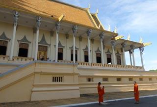 Royal Palace & Silver Pagoda