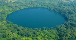 A crystal clear 800m lake surrounded by forest, perfect for a refreshing dip