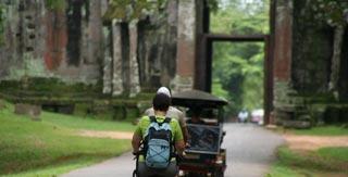 A great green way to see the sights of Angkor