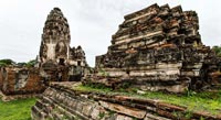 A large complex of temples in a monkey free zone!