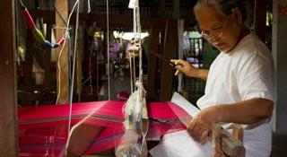 Ban Tha Sawang Silk Weaving Village