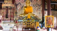 A 56m must see temple, replica of the famous Bodh Gaya pagoda in India