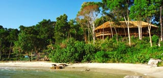 A jungle paradise gem in Ream National Park overlooking the ocean