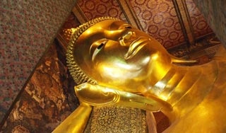 Giant reclining Buddha and stunning complex not to be missed!
