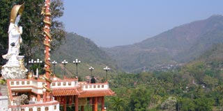 A magical village with great trekking, boat trips and nearby hill tribe villages